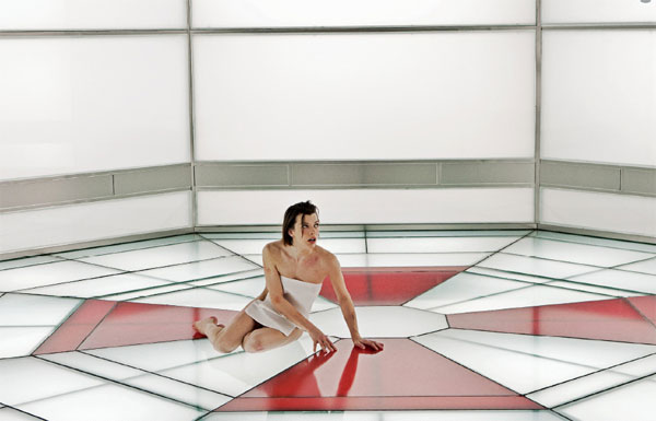 http://internationalhouseofgeek.files.wordpress.com/2012/09/milla-jovovich-resident-evil-5-retribution.jpeg