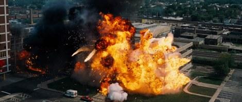gotham-hospital-explosion-snapshot20080504105934
