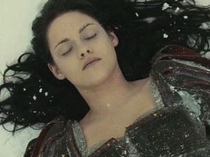 Yeah, no. Sorry Snow White And The Huntsman, you guys tried (no you didn't)